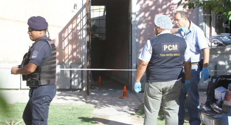 Brutal triple crimen en Mendoza