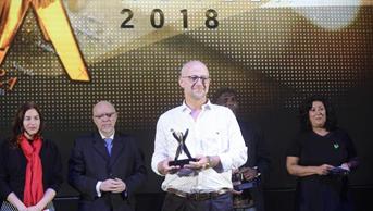 José Niemetz gana el Premio Clarin Novela 2018
