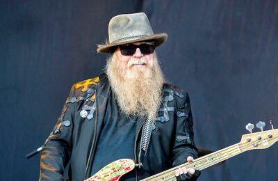 Murió el bajista de ZZ, Dusty Hill, a los 72 años